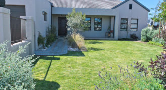31 Prince Drive, Somerset Country Estate, Heritage Park, Somerset West