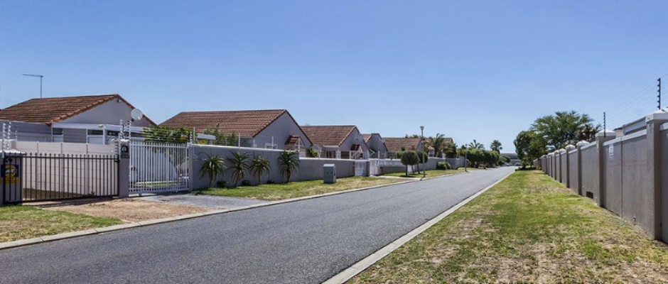 7 Mont Blanc, Somerset Ridge, Somerset West