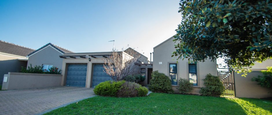 10 Prince Drive, Somerset Country Estate, Heritage Park, Somerset West
