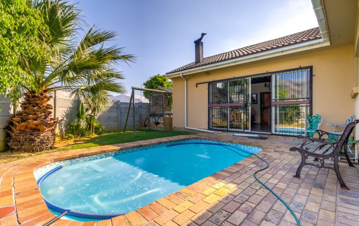 2 Sandpiper Close, Gordon's Bay