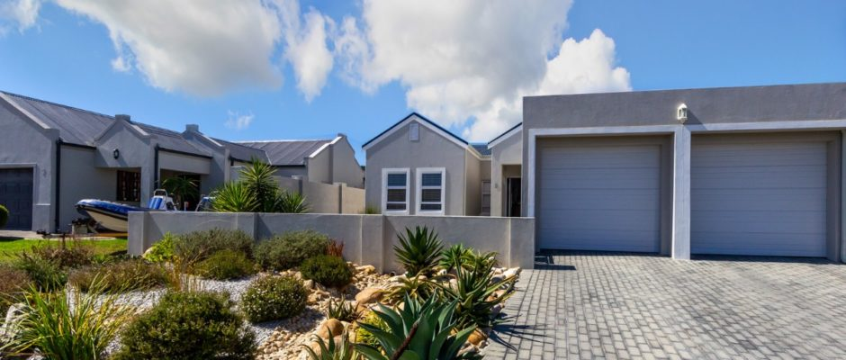 9 Prince Drive, Somerset Country Estate, Heritage Park, Somerset West