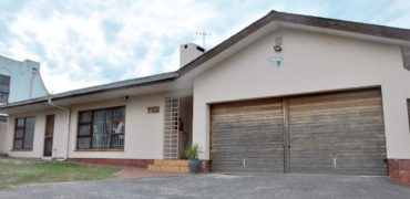10 Ceres Street, Panorama, Parow