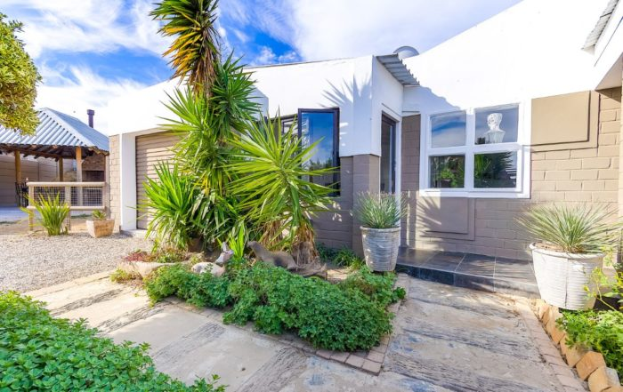 8 Sandpiper Close, Anchorage Park, Gordon's Bay