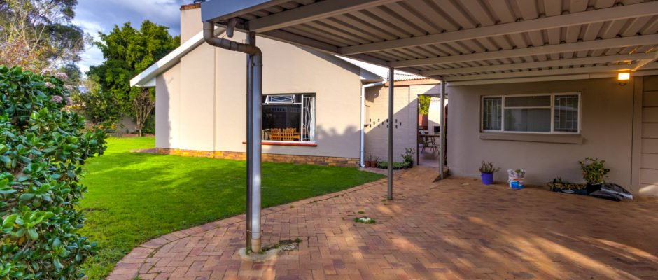 38 Helderzicht, Golden Acre, Somerset West