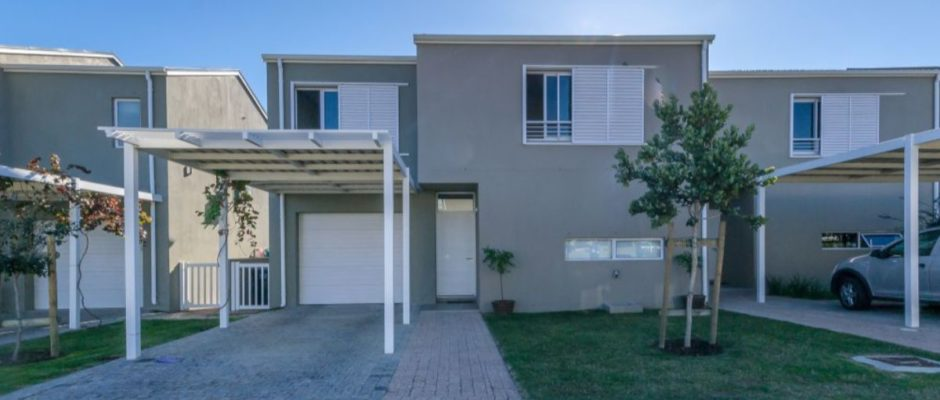 45 Waterford Green, Somerset Lakes, Somerset West