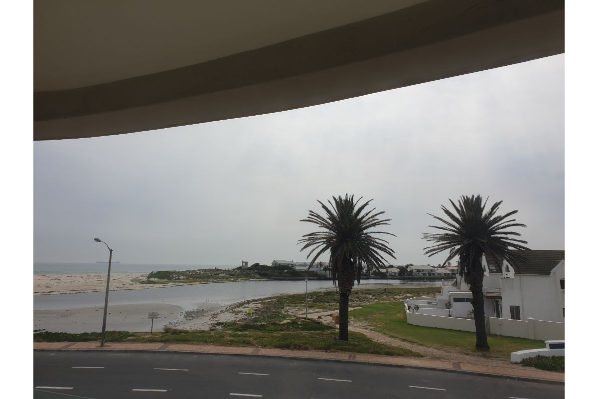 1 Lagoon Beach Road, Lagoon Beach, Milnerton