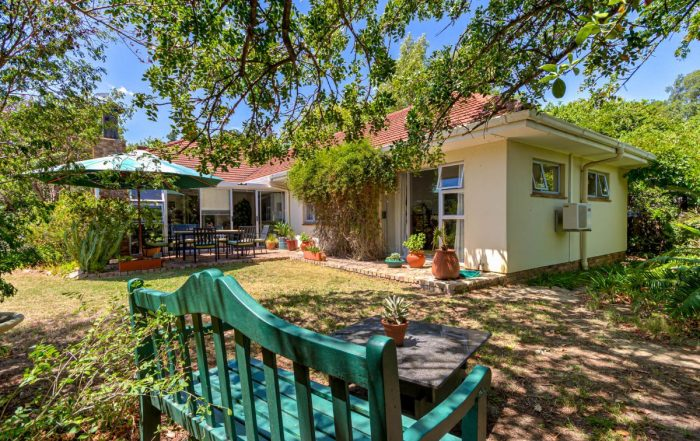 9 De Waal Drive, Morningside, Somerset West