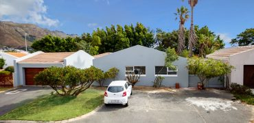 13 Clipper Crescent, Anchorage Park, Gordon's bay